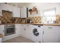 Split - level Three double bedroom flat to rent in Furzedown