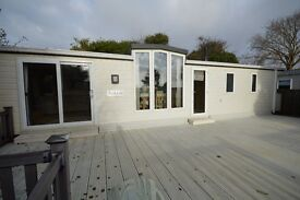 Luxury Static Caravan at Holiday Park near Southampton and Portsmouth