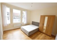Newly refurbished Studio flat located moments away from Walthamstow Underground Station.