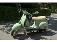 Vespa replica Neco Abruzzi 50cc scooter in excellent condition