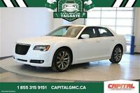 2014 Chrysler 300 S *Rear Camera-Uconnect-Traction Control*