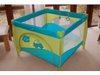 Large top quality Baby Design playpen, excellent condition