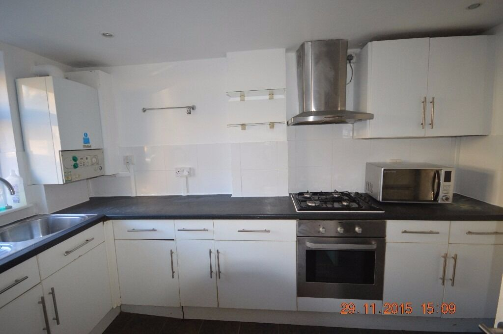 CANNING TOWN TWO BED FLAT WITH GARDEN - LOOK AT THE PICTURES- 95% EVERYTHING IS NEW.