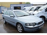 Volvo V70 estate 2002, is in Excellent conditon, drives perfect, with 1 YEAR MOT UNTIL MAY l 2017