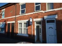 Becher St, Normanton 3 double bedroom house, available now, working only, 525pcm 121 per week
