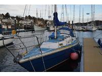 8.5 metre Sailing boat Varne fin keel yacht.