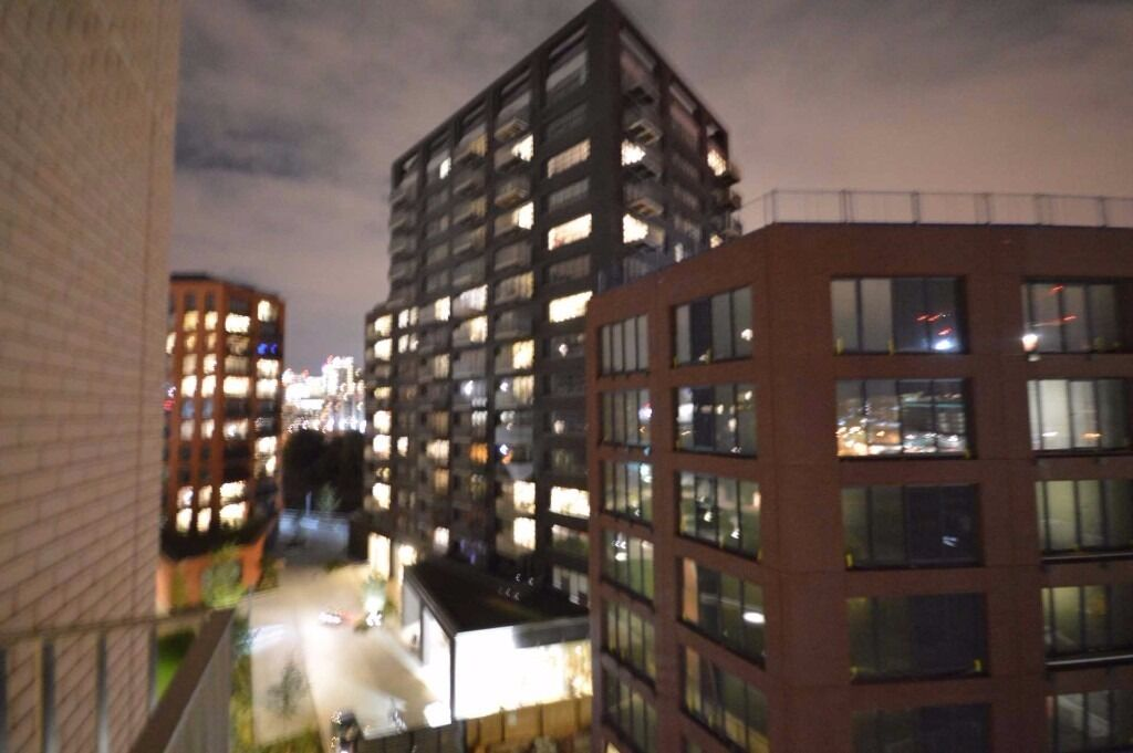 Luxury Living! Stunning 2 double bedroom apartment with swimming pool, gym, spa in Canary Wharf!