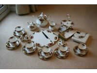 ROYAL ALBERT OLD COUNTRY ROSES TEA SET X 35 PIECES ALL FIRST NAPKINS TOO.