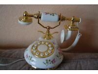 ANTIQUE STYLE TELEPHONE