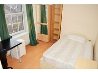 FOUR DOUBLE BEDROOM FLAT FOR RENT IN MILE END CLOSE TO SHOPS AND AMENITIES