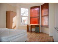 1 bedroom in Woodside Road, Room 1, Wood Green, N22