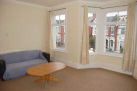 3 bedroom flat in St Johns Avenue, Harlesden, NW10