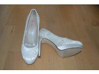 New Rainbow Club Ivory Lace Wedding Shoes- size 3