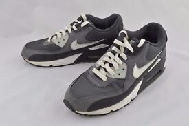 Nike Air Max 90 Mens Trainers Size 8