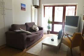 NW11 Golders Green Double room in 4 bed spacious garden flat 3 bathrooms lounge all bills included