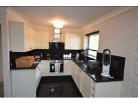 SPECTACULAR 2 BED 2 BATH APARTMENT IN HORNCHURCH ON WARWICK CLOSE AVAILABLE TO LET