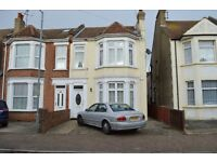 6 bedroom house available to let in Page road, Clacton-on-sea, CO15 3AE.