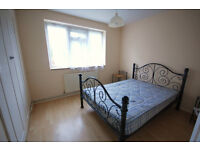 Offered to let fully furnished, this 2 double bedroom flat situated in the centre of Chiswick