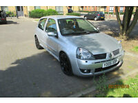 Renault Clio 2.0 Sport 182 bhp