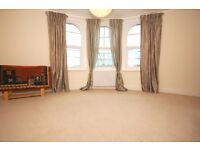 Two double bedroom split level period conversion flat in the heart of Balham!!