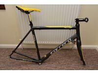 Carrera Road Bike Frame with Carbon Forks 54cm Large