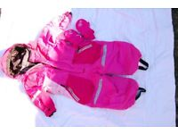 girls snow suit size 90 fit 2-3 years