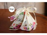 50 Beige Spring Flower Paper Wedding Party Favour Sweet Boxes Bags Ribbons Tags
