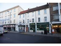 Large 2 double bedroom flat located in the heart of north Finchley close to all shops and transport