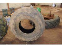 Tyre 405 x 70 x 18