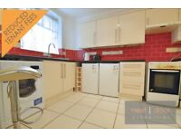 LOVELY SPLIT LEVEL 4 BEDROOM PROPERTY TO RENT IN SW9 - WITH A PRIVATE BALCONY AND A SEPARATE WC