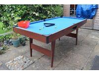 6ft Pool Table & Equipment