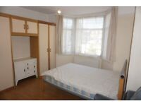 Impressive 3 bedrooms first-floor maisonette available to rent in Greenford UB6