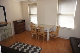 Large split level One double bedroom flat located in the heart of north finchley, Short let only