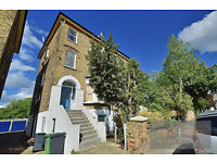 Newly refurbished two double bedroom apartment located in Brockley conservation area SE4