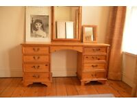 Dressing table/desk with drawers