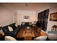 6 bedroom house in Hartington Road, Toxteth, Liverpool, L8 (6 bed) (#1038382)