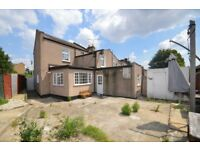 5 Bedroom House In Plaistow E13 ,with a extremely Large garden and 5 very good size bedrooms.
