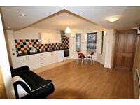 £695 PCM 2 Bedroom Flat To Let With Garden on Ferry Road, Cardiff, CF11 7DW