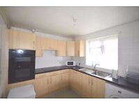 Dss Accepted Amazing newly refurbished 4 bedroom flat only 6 minutes walk from Dagenham East Station
