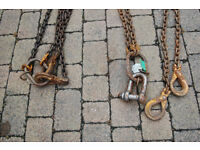 Heavy duty chains with hooks rings clasps - skip/container/towing lifting