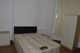 3 ROOMS TO RENT IN A LOVELY HOUSE IN TOTTENHAM , POST CODE IS: N17 0PY