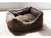 Cosy dog/puppy bed