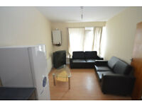 Spacious 2 Bedroom Flat above Chip Shop in Walthamstow