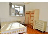 £1700 PCM - THREE DOUBLE BEDROOMS IN STEPNEY GREEN E1 - 2 MINS TO STATION