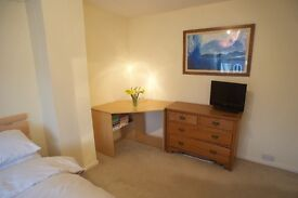 Double room in Marston, Monday-Friday let