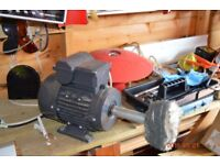 bench polisher with accessories mops and soap