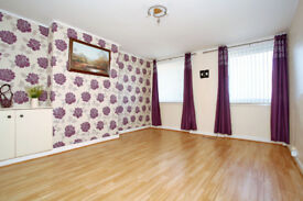 THREE DOUBLE BED ROOMS FLAT IN POPULAR AREA