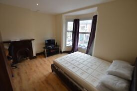 Astonishing and spacious double bedroom in flat share!