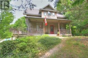 7400 DOLWAY DRIVE Port Franks, Ontario