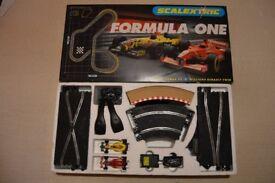Scalextric Formula One C1035 Boxed Set